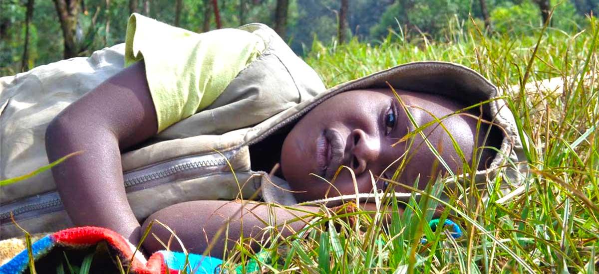 progetto-indabo-slider-hp-bimbo-sdraiato-rwanda